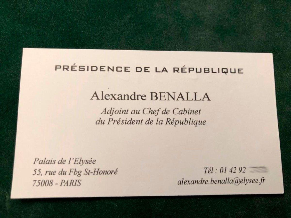 De Ses Cartes Visites Qui Ont Ete Distribuees Par Alexandre Benalla Et Prouvent Que Ce Dernier Affirmait Bien Etre Adjoint Au Chef Cabinet Du
