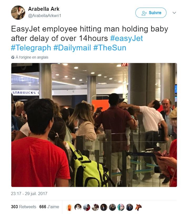 Un père portant son bébé frappé par un employé d'EasyJet — Nice