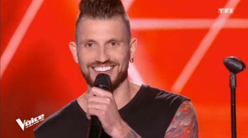 Pascal Obispo se retourne pour Eric Jetner de Coutances — The Voice