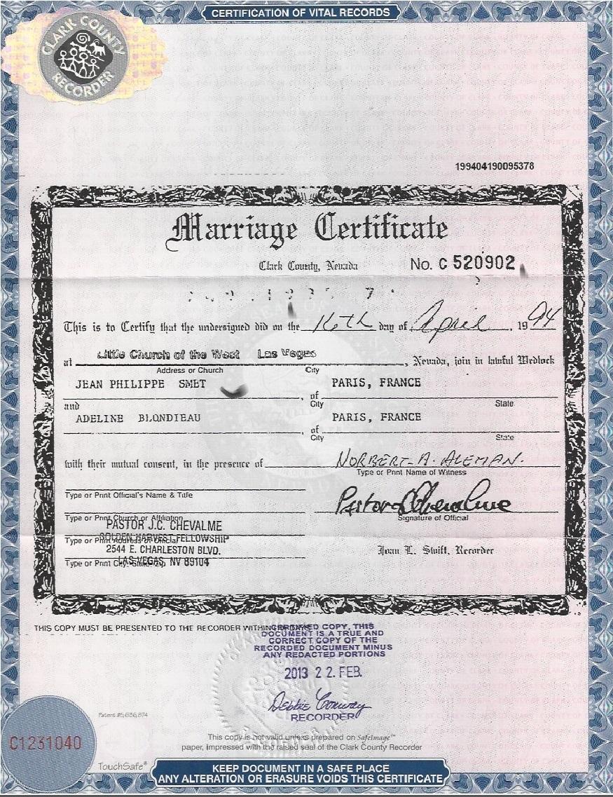 Johnny Hallyday A Bien Oublie De Signaler Son Divorce Avec Adeline