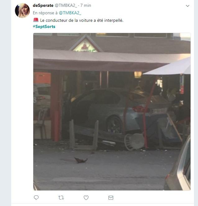France: une voiture fonce intentionnellement dans la terrasse d'une pizzeria