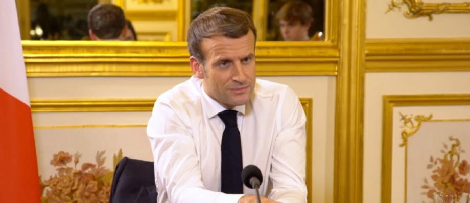 Emmanuel Macron Reagit Dans Un Long Texte A L Agression Par Des Policiers Du Producteur De Musique Ces Images Nous Font Honte Je Crois En La Republique Exemplaire Et En Une Police
