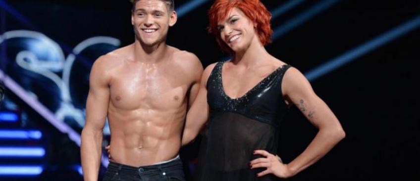 Danse avec les stars: Miguel Angel Munoz et Rayane Bensetti ont été payés 4 fois moins qu'Ophélie Winter - Voici tous les salaires