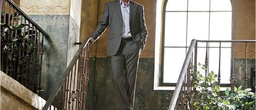 """L'acteur star de la série """"NCIS: Los Angeles"""", Miguel Ferrer, est décédé à 61 ans après un combat contre le cancer"""