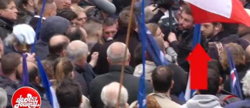 """Découvrez les images des journalistes du """"Petit Journal"""" de Canal Plus violemment agressés par des militants FN"""