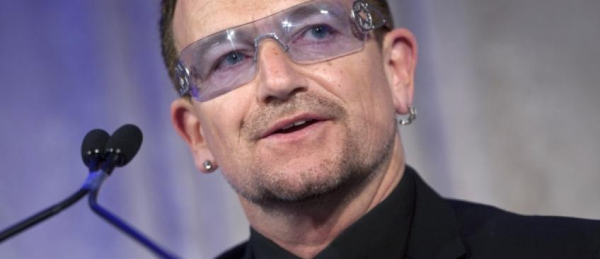La chanteur Bono révèle qu'il est victime d'un glaucome qui entraîne une perte progressive de la vision