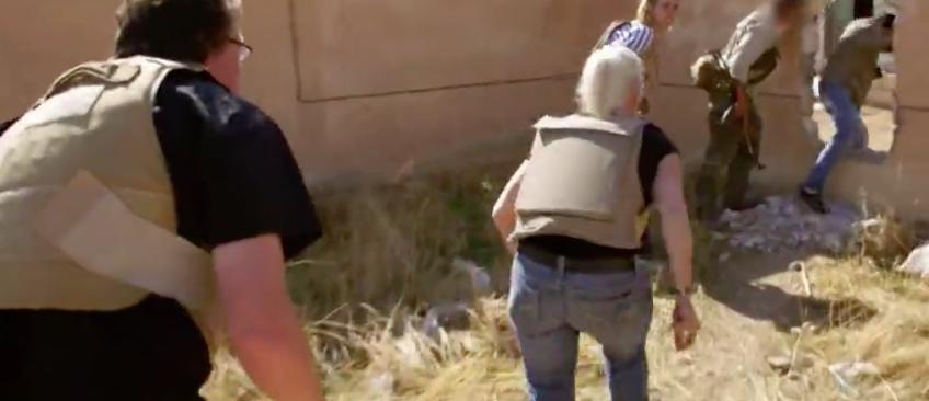 Les images incroyables d'une télé-réalité australienne où les candidats se retrouvent sous les tirs de l'Etat islamique en Syrie !