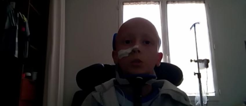 Dans une vidéo, le jeune Killian émeut la toile en expliquant qu'il souffre d'un cancer des muscles