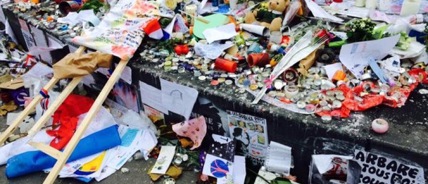 Plus de 200 interpellations et 174 gardes à vue après les incidents à République - Le Mémorial aux victimes des attentats saccagé