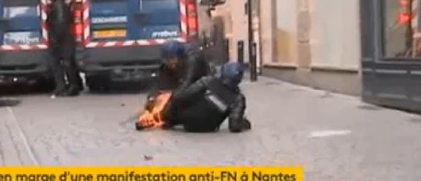 Manif anti-Le Pen à Nantes: Les images impressionnantes d'un CRS touché par un cocktail Molotov, la jambe en feu (Vidéo)