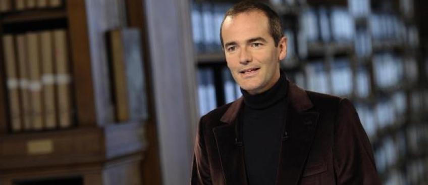 """France 3 décide d'arrêter l'émission historique de Franck Ferrand, """"L'ombre d'un doute"""""""