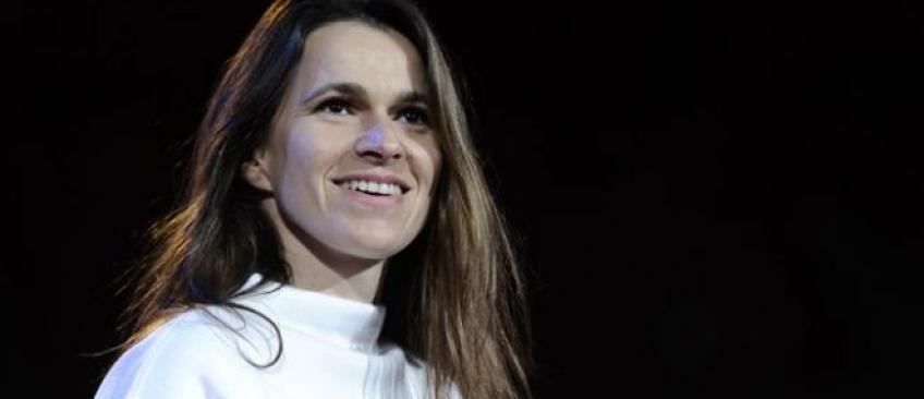 Aurélie Filippetti attaque Paris-Match pour des photos d'elle enceinte au côté d'Arnaud Montebourg