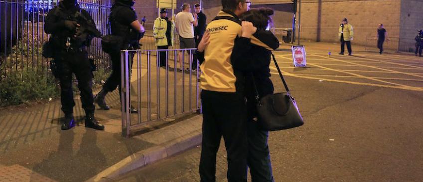 Explosion Manchester: Les témoignages terribles des spectateurs du concert qui racontent la panique