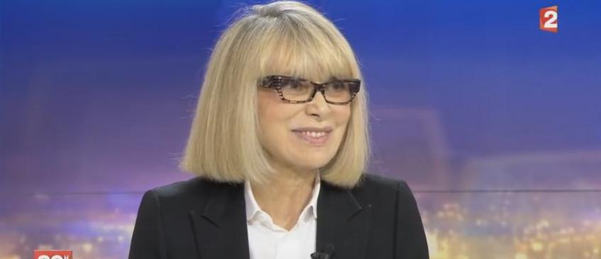 Mireille Darc hospitalisée d'urgence après une attaque cérébrale - Son mari donne de ses nouvelles
