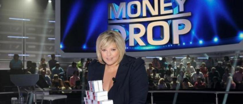 Plus aucun tournage depuis septembre 2016: TF1 a arrêté discrètement le jeu de Laurence Boccolini, Money Drop