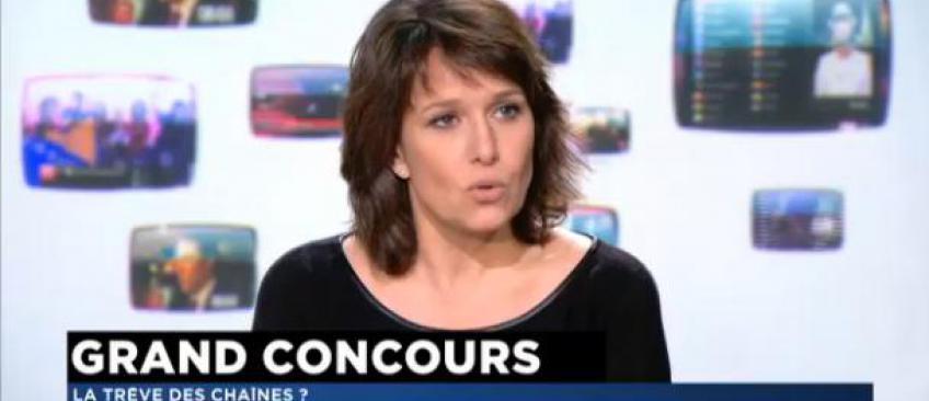 France 2 pense à Carole Rousseau de TF1 pour animer un jeu l'après-midi à la place d'Amanda ou d'AcTualiTy