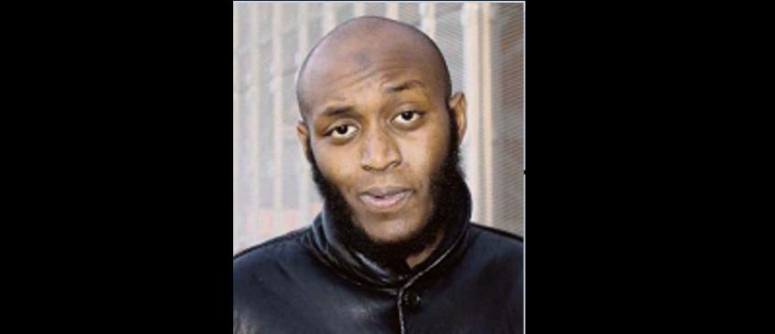 Voici le visage de l'homme qui a attaqué hier des policiers à Joué-les-Tours