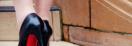 Louboutin thérapie : Des injections d'acide hyaluronique dans les pieds pour porter des talons !