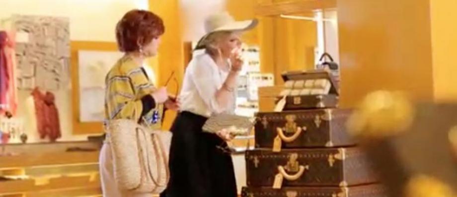 Morandini Zap: Catherine et Liliane décident de faire du shopping chez Louis Vuitton à Cannes , seulement voilà...