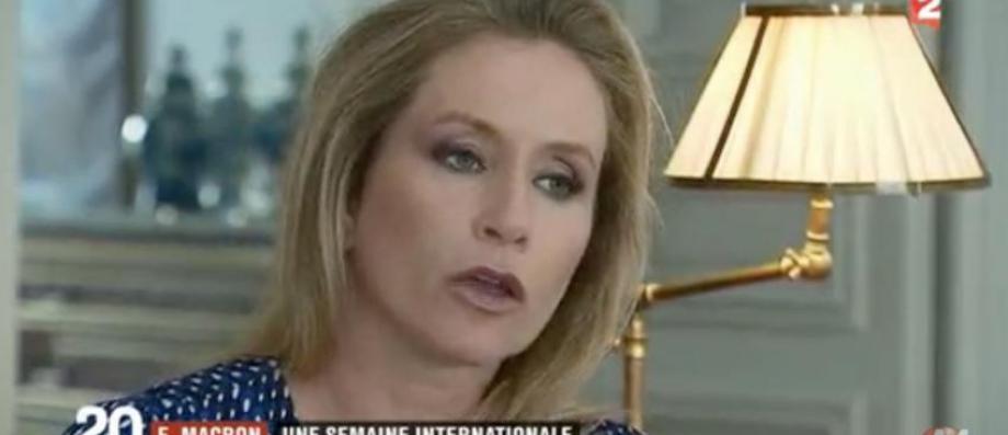 Que pensent les américains de la rencontre entre Macron et Trump ? Une correspondante de CNN revient sur la fameuse poignée de main - Regardez