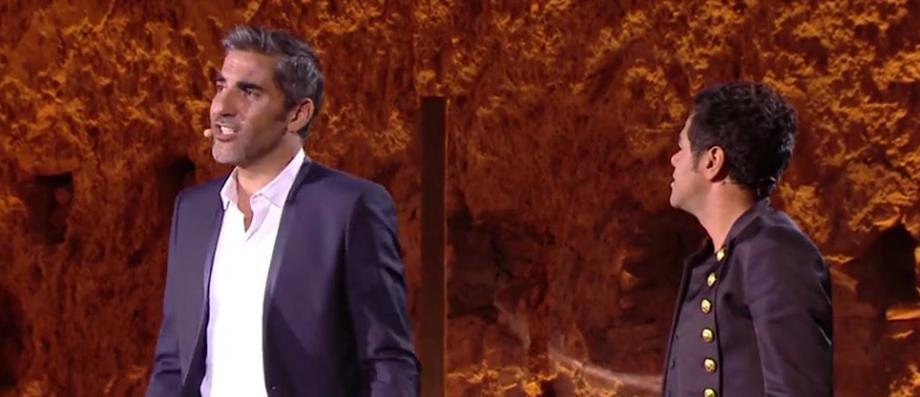 """EXCLU - AVANT-PREMIERE: Ary Abittan ne cache pas sa joie en évoquant son divorce sur la scène du """"Marrakech du rire"""" avec Jamel Debbouze - Regardez"""