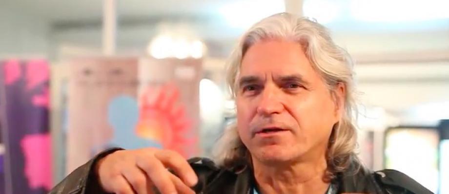 Le documentariste Lech Kowalski, qui filme depuis plusieurs mois le conflit des GM&S, placé en garde à vue