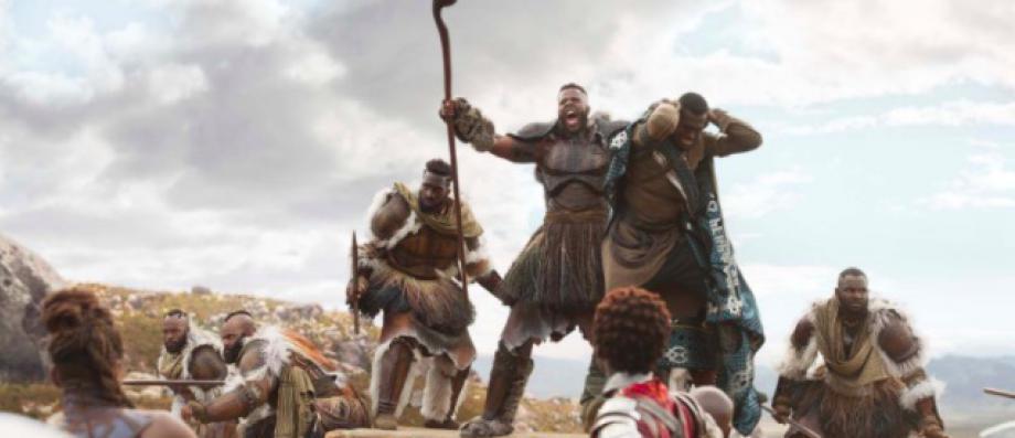 """Comme aux Etats-Unis où il pulvérise les records, """"Black Panther""""prend d'assaut le box office français avec plus d'un million de spectateurs"""