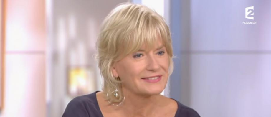 """Catherine Ceylac dévoile le nom du pire invité qu'elle a reçu dans son émission """"Thé ou café"""" sur France 2"""