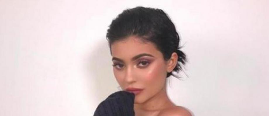 Snapchat perd plus d'1 milliard d'euros à cause d'un tweet de la star de téléréalité Kylie Jenner - Découvrez pourquoi !