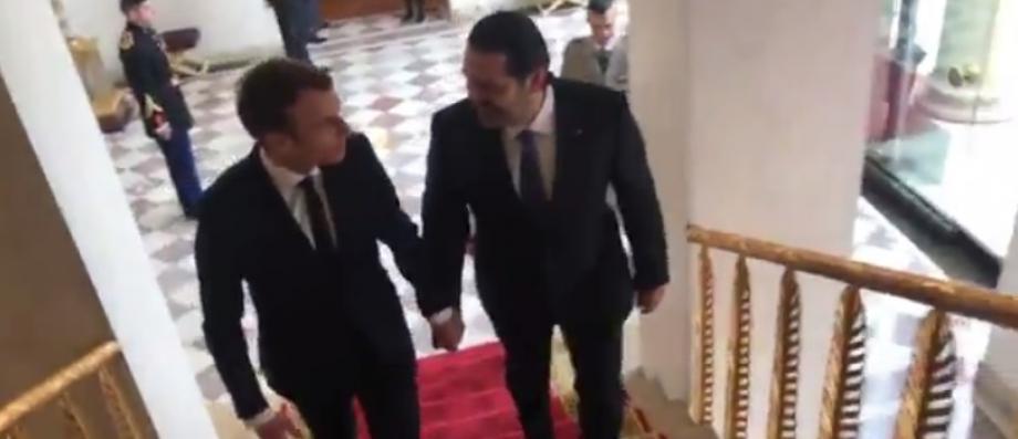 Le premier ministre libanais démissionnaire, Saad Hariri main dans la main à l'Elysée avec le président Emmanuel Macron - Vidéo