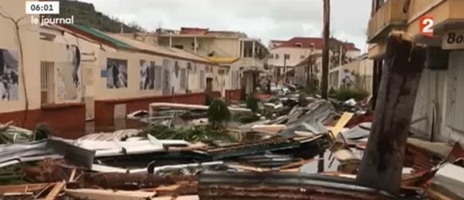 http://www.jeanmarcmorandini.com/article-372940-saint-martin-30-procedures-judiciaires-pour-vol-ou-possession-d-armes-apres-le-passage-de-l-ouragan-irma.html