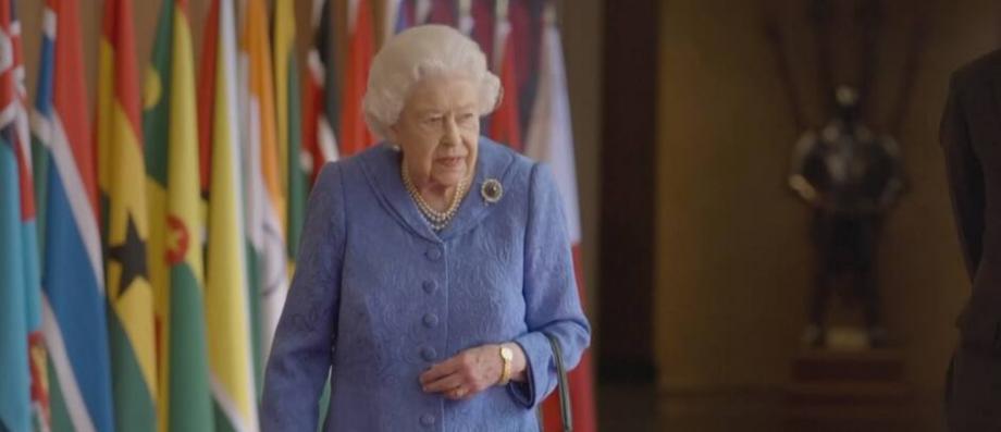 Interview événement cette nuit : La Reine avait pris les devants en prenant la parole hier après-midi en... - Le Blog de Jean-Marc Morandini