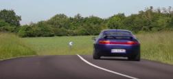 Une Porsche ayant appartenu à Johnny Hallyday dans les années 90 n'a pas trouvé preneur hier à Paris, faute d'enchères suffisantes
