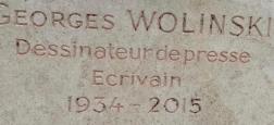La tombe du dessinateur Georges Wolinski, tué lors de l'attentat de Charlie Hebdo, dégradée à coups de burin! - Regardez