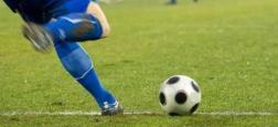 Le football anglais se retrouve à nouveau sous la menace de la pandémie qui s'accélère dans le pays, mais la Premier League n'entend pas interrompre la compétition
