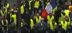 """Les groupes sur Facebook ont joué un rôle central dans le développement du mouvement des """"gilets jaunes"""" en France, expliquent des spécialistes"""