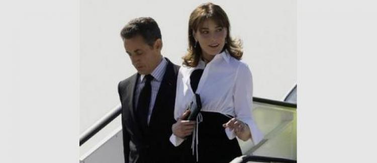 7b738d850c705e Carla Bruni-Sarkozy la personnalité la mieux habillée?