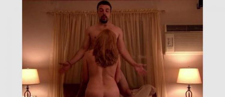 émissions de télévision porno chatte noire dans la douche