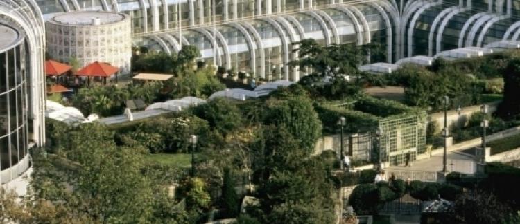 Le jardin des halles dans l 39 hypercentre parisien bient t for Jardin nelson mandela