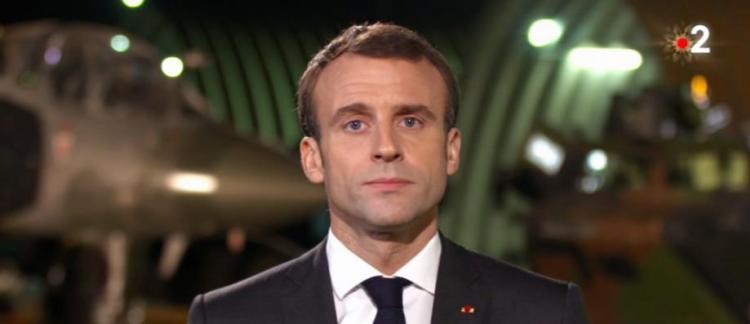Emmanuel Macron a adressé hier soir sur France 2 un message aux familles  des soldats morts pour la France ces dernières années - VIDEO e2d235e9d2cc