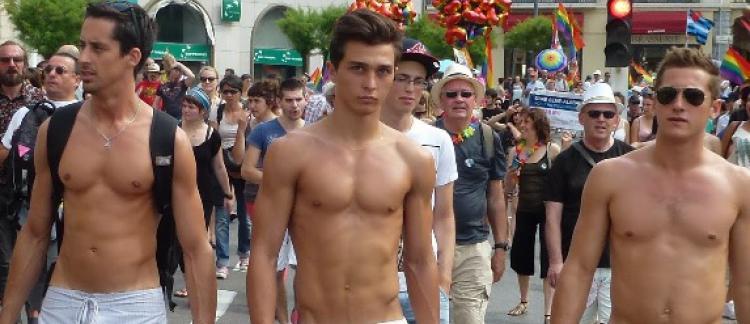 paris gay rencontre à Les Abymes