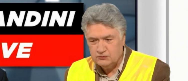 71073b6a9ce9 Morandini Live - Accusé de toucher un salaire de fonctionnaire depuis 10  ans sans avoir d emploi, le