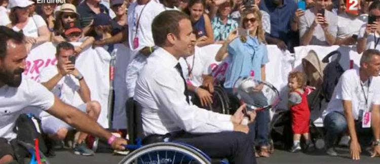 cherche fauteuil roulant