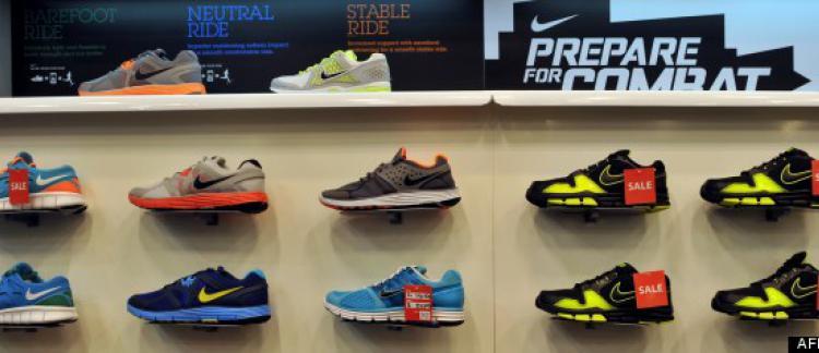 De Nike L Américain Aux Refuse L'équipementier Fournir Joueurs wv6atx