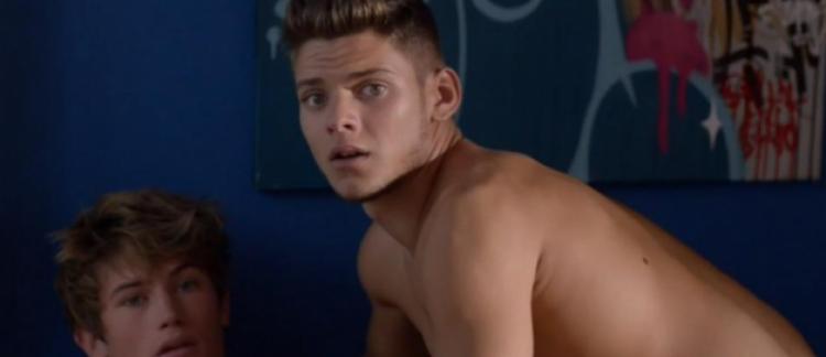 sexe jeune gay transexelle