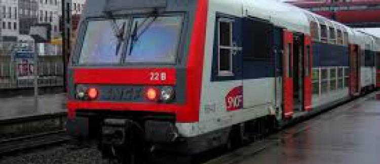 Rer B Trafic Interrompu Entre Gare Du Nord Et L Aeroport Charles De