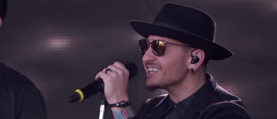 Le chanteur du groupe Linkin Park, Chester Bennington, 41 ans, s'est suicidé - Il a été retrouvé pendu à son domicile à Los Angeles