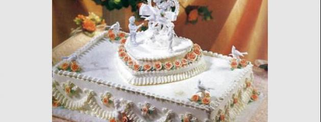 Deux gâteaux pour le mariage de William et Kate