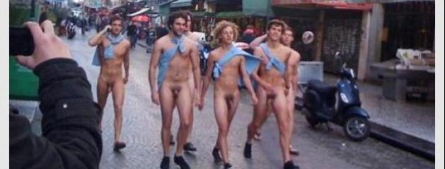 Etudiants Nus Gay 104