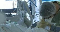 Coronavirus : Aux Etats-Unis comme en France, les soignants sont débordés et vivent l'horreur au quotidien - Reportage